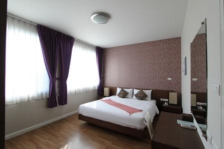 1 Bedroom Suite Room only