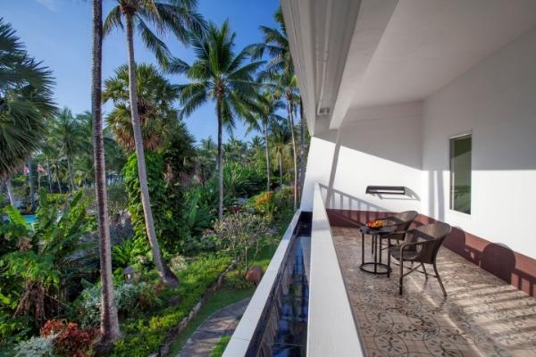 Deluxe Terrace High Floor