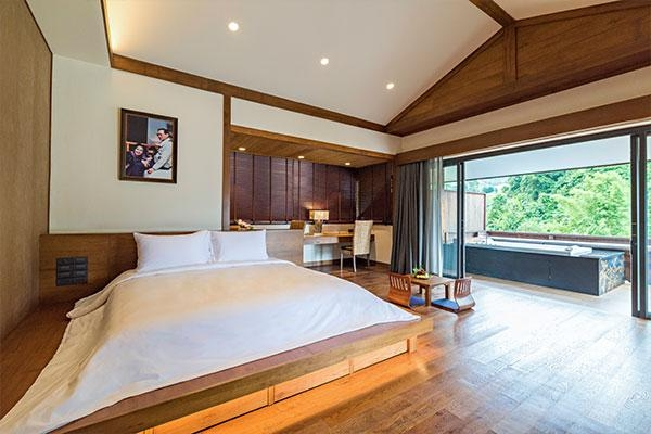 One Bedroom Royal Residence