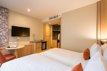 Premier Room Twin Bed