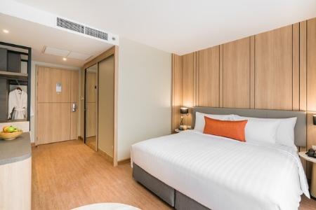 Premier Room (Guaranteed Upgrade to Premier Corner)